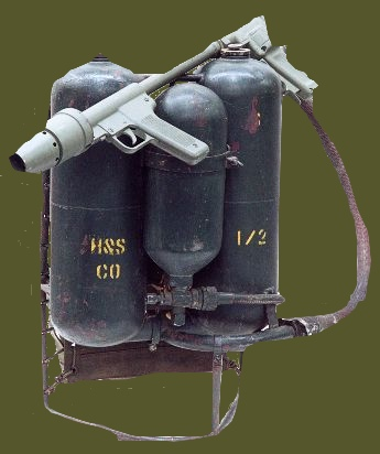 http://www.45thdivision.org/Pictures/General_Knowlege/combatload/FlamethrowerC.jpg